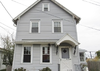 Foreclosed Home in Woodbury 08096 GLOVER ST - Property ID: 4418887555