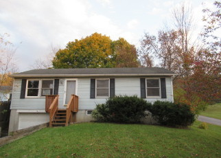 Foreclosed Home in Howes Cave 12092 STATE ROUTE 7 - Property ID: 4418939228