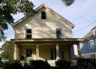 Foreclosed Home in Jamestown 14701 BLANCHARD ST - Property ID: 4418940998
