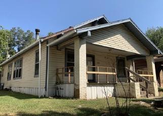 Foreclosed Home in Texarkana 75501 WALNUT ST - Property ID: 4419055294