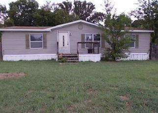 Foreclosed Home in Denison 75020 BIG CEDAR LN - Property ID: 4419058362