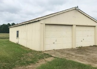 Foreclosed Home in Mount Pleasant 75455 COUNTY ROAD 1020 - Property ID: 4419077639