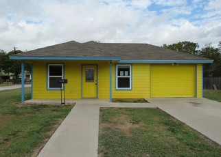 Foreclosed Home in Mart 76664 E TEXAS AVE - Property ID: 4419086839
