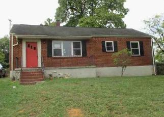 Foreclosed Home in Roanoke 24017 SPRINGHILL DR NW - Property ID: 4419105673