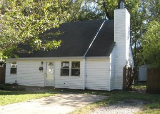 Foreclosed Home in Norfolk 23513 WINDERMERE AVE - Property ID: 4419110935