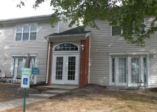Foreclosed Home in Woodbridge 22191 WEATHERVANE TRL - Property ID: 4419115746