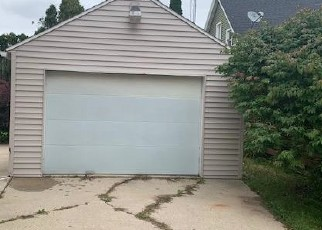 Foreclosed Home in Manitowoc 54220 CLARK ST - Property ID: 4419124499