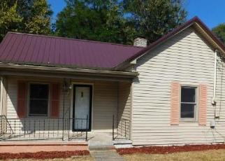 Foreclosed Home in Nicholasville 40356 LORRAINE AVE - Property ID: 4419163483