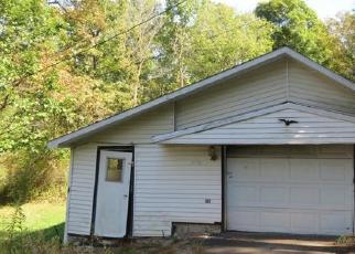 Foreclosed Home in Mill Run 15464 MAPLE SUMMIT RD - Property ID: 4419200263