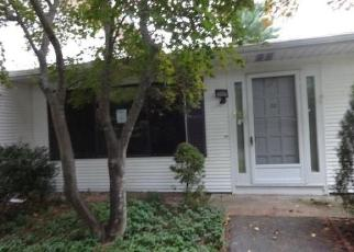 Foreclosed Home in Warwick 02886 EDAVILLE CT - Property ID: 4419223930