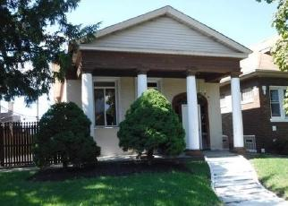 Foreclosed Home in Elmwood Park 60707 N NEVA AVE - Property ID: 4419249769