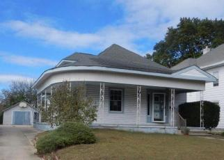 Foreclosed Home in Paulsboro 08066 BEACON AVE - Property ID: 4419287422