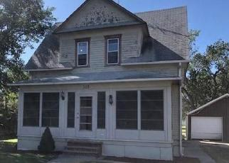 Foreclosed Home in Parkston 57366 S 2ND ST - Property ID: 4419458224