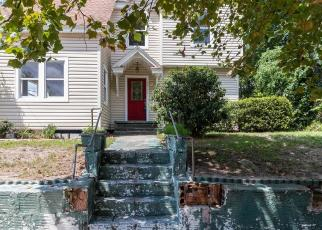 Foreclosed Home in Jacksonville 32208 PERRY ST - Property ID: 4419464364