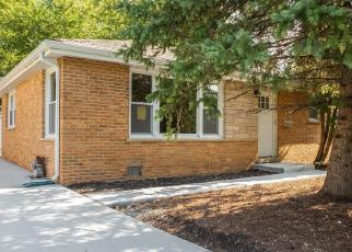 Foreclosed Home in Roselle 60172 ORCHARD TER - Property ID: 4419472242