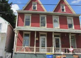 Foreclosed Home in Middletown 17057 N PINE ST - Property ID: 4419562475