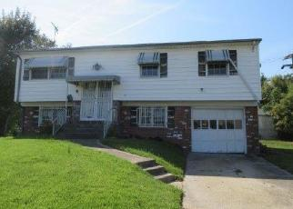 Foreclosed Home in Virginia Beach 23452 S LYNNHAVEN RD - Property ID: 4419571225