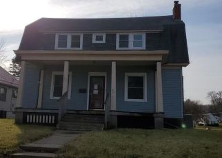 Foreclosed Home in Marshalltown 50158 W MAIN ST - Property ID: 4419594439