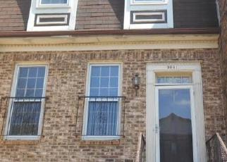 Foreclosed Home in Clinton 20735 SURRATTS VILLAGE DR - Property ID: 4419625994