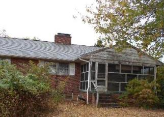 Foreclosed Home in Fredericksburg 22406 MANSE RD - Property ID: 4419812555