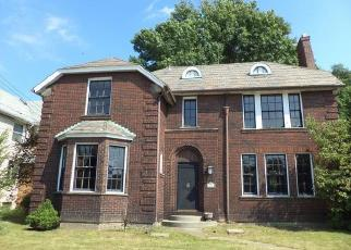 Foreclosed Home in Mc Kees Rocks 15136 GREYDON AVE - Property ID: 4419960593
