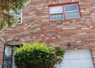 Foreclosed Home in Capitol Heights 20743 CALDER DR - Property ID: 4419961467