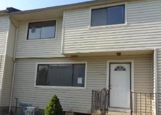 Foreclosed Home in Staten Island 10314 WILLOW RD E - Property ID: 4419965855