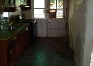 Foreclosed Home in Baltimore 21215 GRANTLEY RD - Property ID: 4420054765