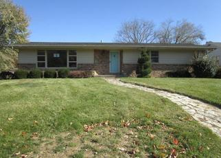 Foreclosed Home in Peoria 61607 FAIROAKS CT - Property ID: 4420341640