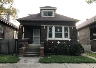 Foreclosed Home in Chicago 60617 S SAGINAW AVE - Property ID: 4420360913