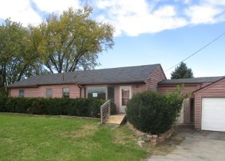 Foreclosed Home in Hampshire 60140 PLANK RD - Property ID: 4420367918