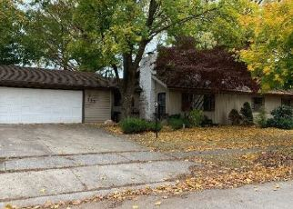 Foreclosed Home in Fort Wayne 46805 CURDES AVE - Property ID: 4420371857