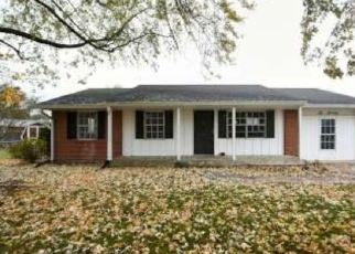 Foreclosed Home in Martinsville 46151 DUO DR - Property ID: 4420380612