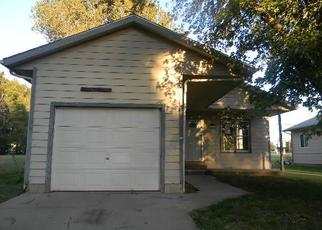 Foreclosed Home in Wichita 67219 E PARKVIEW DR - Property ID: 4420389364