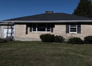 Foreclosed Home in Campbellsville 42718 MEADOWBROOK DR - Property ID: 4420393757