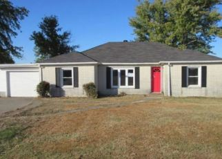 Foreclosed Home in Kevil 42053 WICKLIFFE RD - Property ID: 4420403826