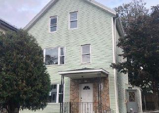 Foreclosed Home in Fall River 02721 BLACKSTONE ST - Property ID: 4420433159