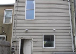 Foreclosed Home in Baltimore 21213 N PATTERSON PARK AVE - Property ID: 4420446749