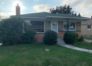 Foreclosed Home in Dearborn Heights 48127 ROBINDALE AVE - Property ID: 4420472139