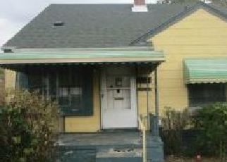 Foreclosed Home in Inkster 48141 HENRY ST - Property ID: 4420473905