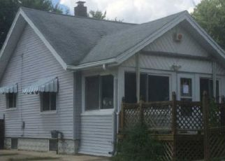 Foreclosed Home in Pontiac 48340 PENSACOLA AVE - Property ID: 4420492734