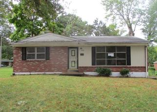 Foreclosed Home in Saint Louis 63130 MILAN AVE - Property ID: 4420504556