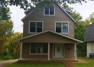 Foreclosed Home in Saint Louis 63114 NORTH AVE - Property ID: 4420507173
