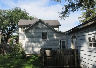 Foreclosed Home in Fargo 58103 7TH AVE S - Property ID: 4420545278