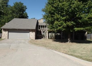 Foreclosed Home in Yukon 73099 FOLKSTONE DR - Property ID: 4420662671
