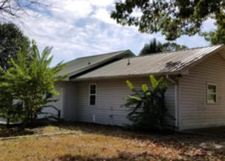 Foreclosed Home in Crossville 38571 JUSTIN LN - Property ID: 4420734939