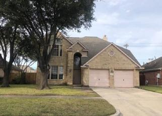 Foreclosed Home in Baytown 77521 OSAGE DR - Property ID: 4420782673