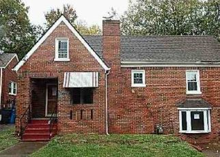 Foreclosed Home in Roanoke 24012 HILLCREST AVE NW - Property ID: 4420822977
