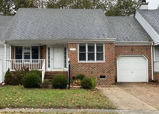 Foreclosed Home in Chesapeake 23321 CRICKET HOLLOW LN - Property ID: 4420823395
