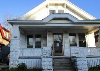 Foreclosed Home in Milwaukee 53212 N HUBBARD ST - Property ID: 4420843551